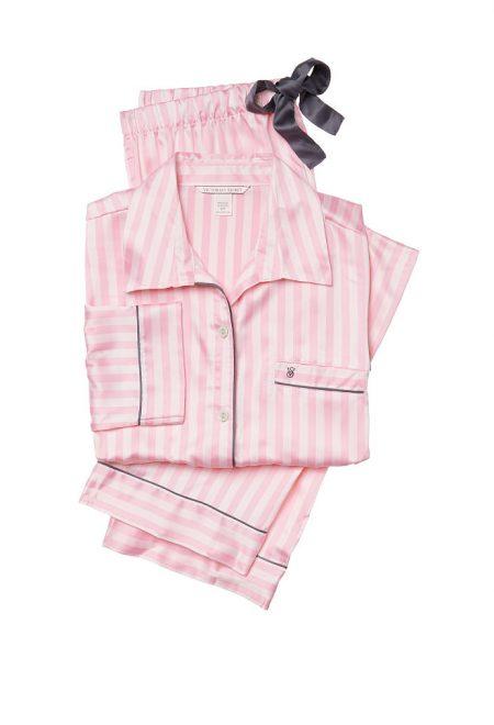 Сатиновая пижама в фирменную полоску