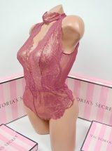 Mercaushee bodi Victoria's Secret s chokerom chainaia roza2