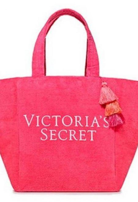 Mahrovaia pliazhnaia sumka Victoria's Secret malinovaia