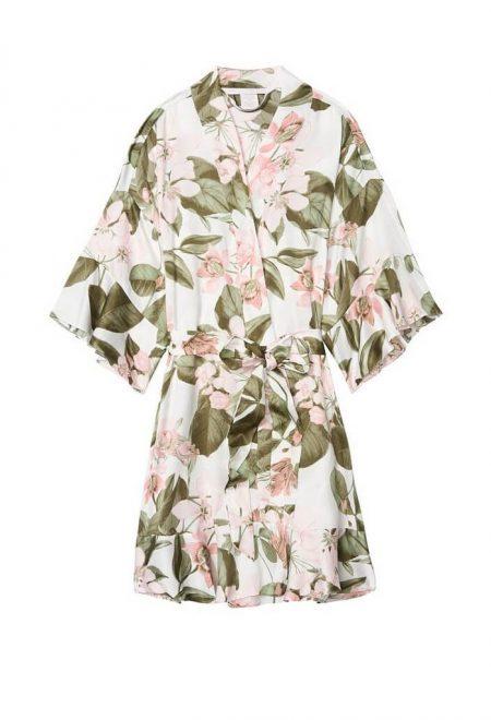 Satinovoe kimono s riushami Bride pink floral