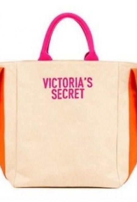 Pliazhnaia sumka Victoria's Secret bezhevaia s iarkimi logo