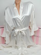 Satinovij halat kimono s kruzhevom ajvori