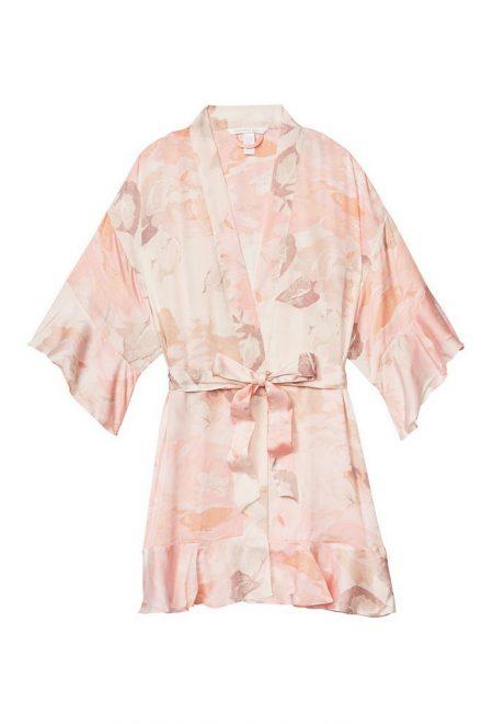 Satinovoe kimono s riushami pink floral